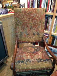 Chair-Clean-Spring -Upholstery-cleaning